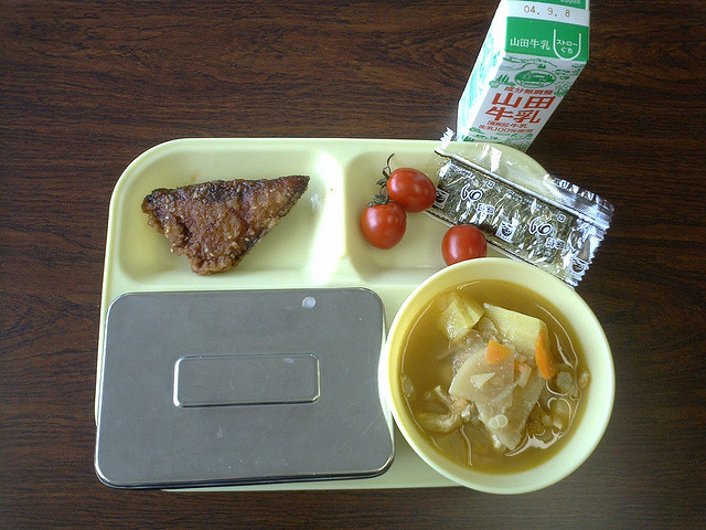 school-lunch-japan