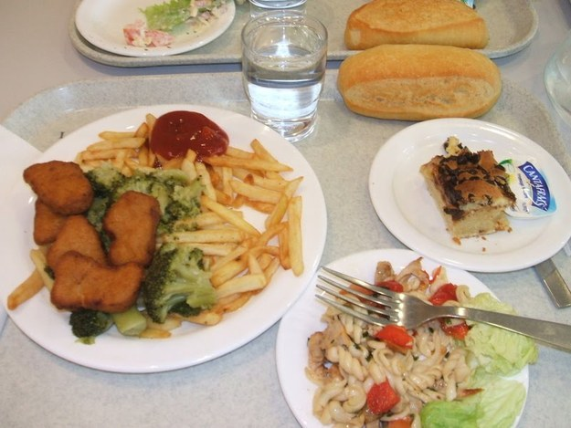 school-lunch-france