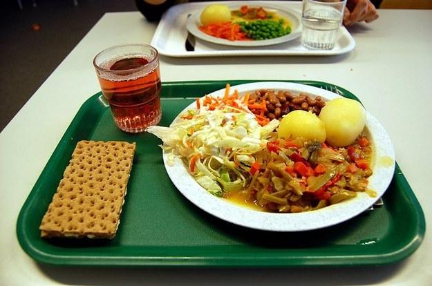 school-lunch-sweden
