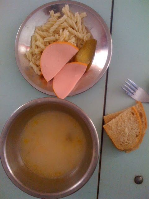 school-lunch-ukrainejpg